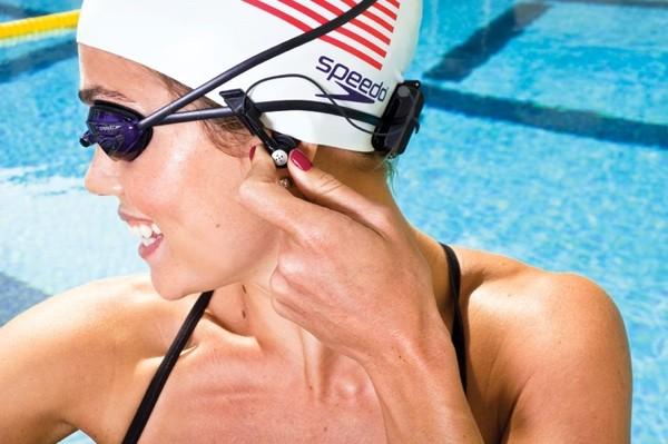 piscina auriculares