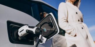 Sabes para que sirven los palets de plastico en el sector automocion